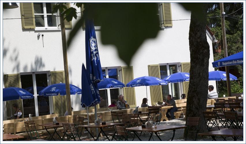 Augustiner Bräu Echardinger Einkehr Restaurant Biergarten in Südlage