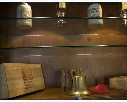 Augustiner Bräu Echardinger Einkehr Restaurant Schänke mit liebevollen Details