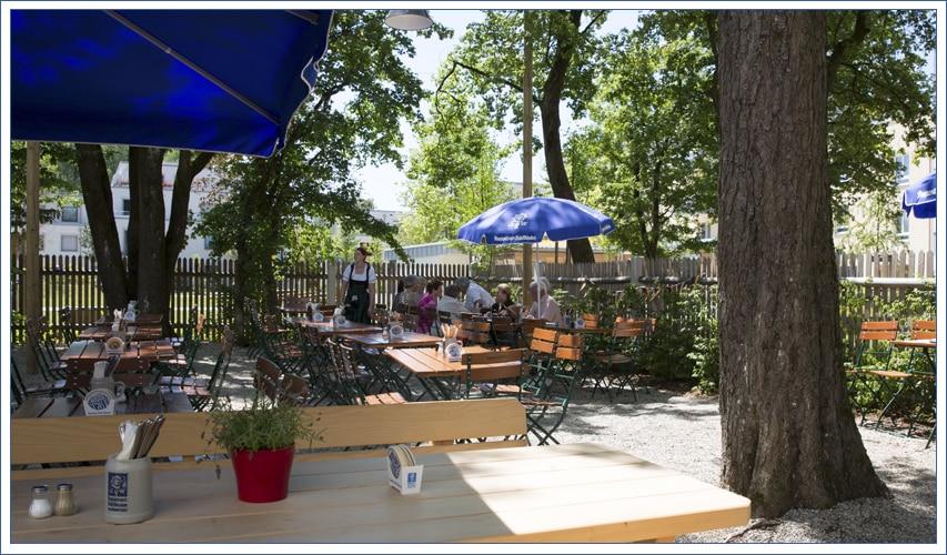 Augustiner Bräu Echardinger Einkehr Restaurant mit schattigem Biergarten