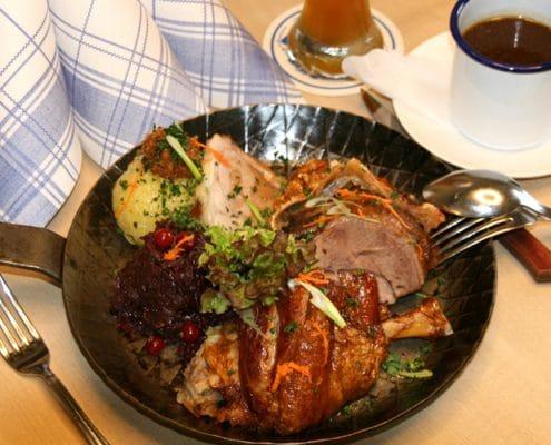 Augustiner Bräu Echardinger Einkehr Restaurant Bratenpfandl